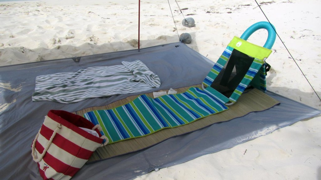 Coleman Utopia Breeze Beach Mat Chair with 6 can cooler